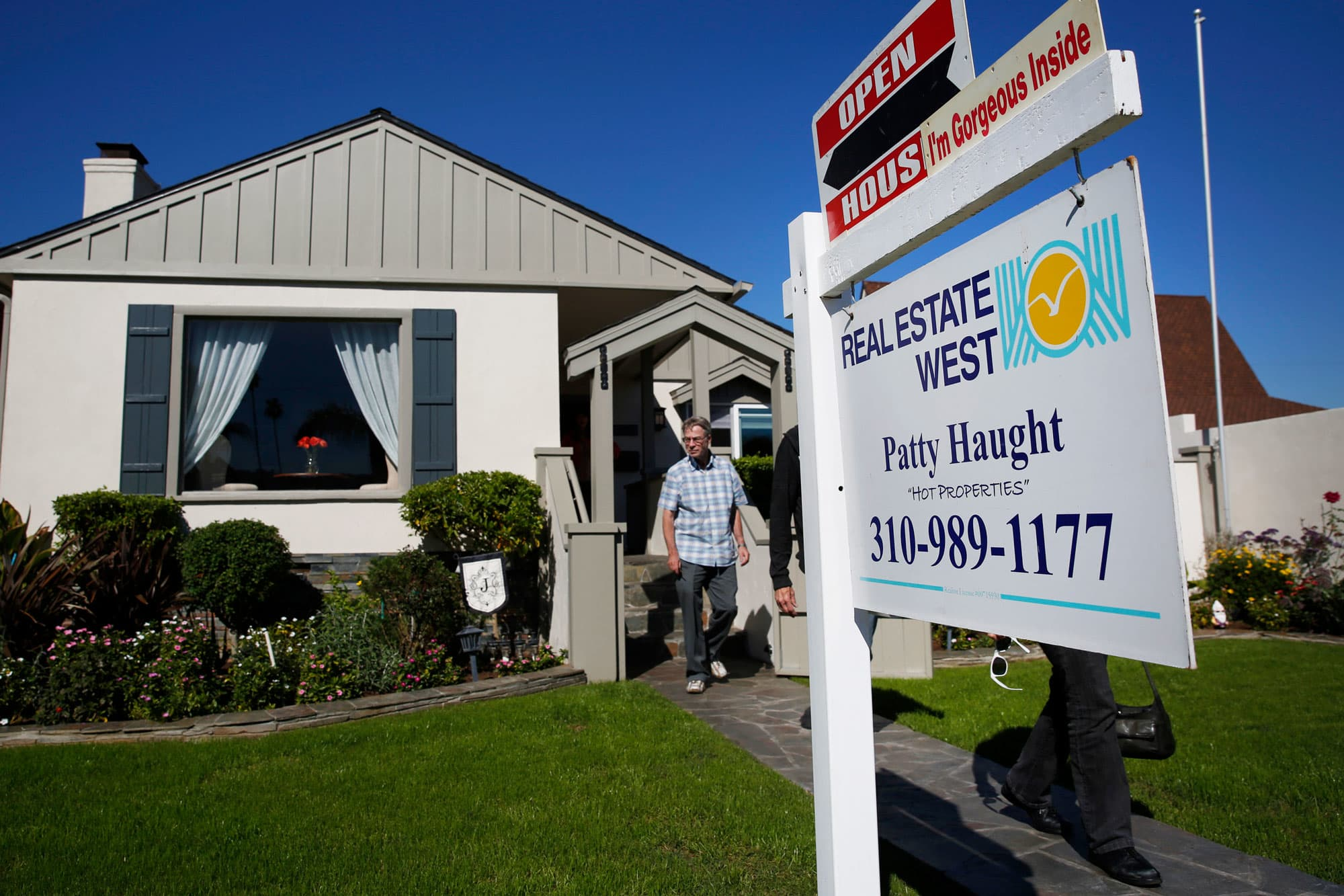 Southern California home sales crash, a warning sign to the