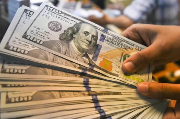 Rt 100 Dollar Bills Cash Dollars 180508