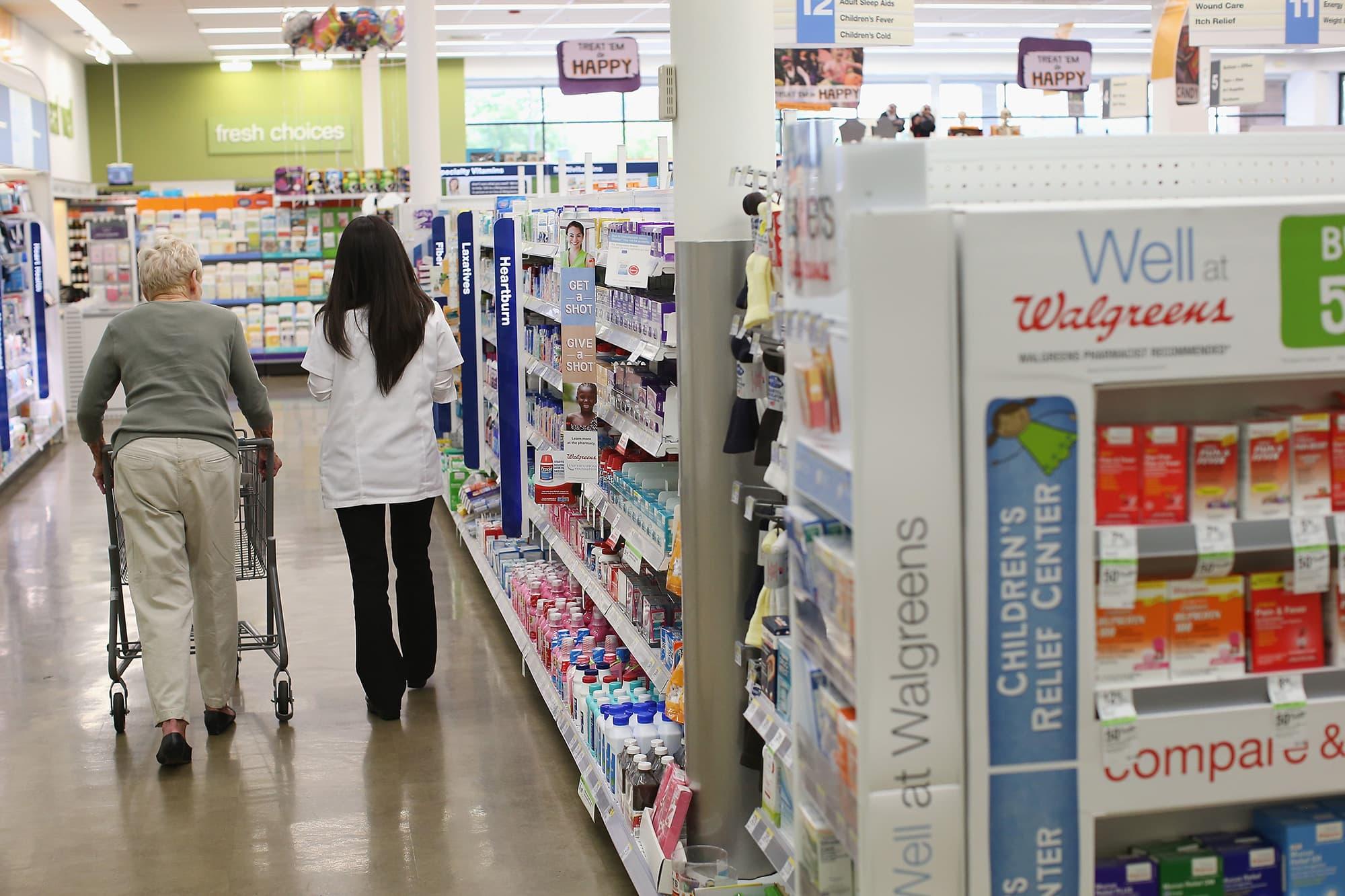 Walgreens Employee Login >> Walgreens To Close 200 Us Stores