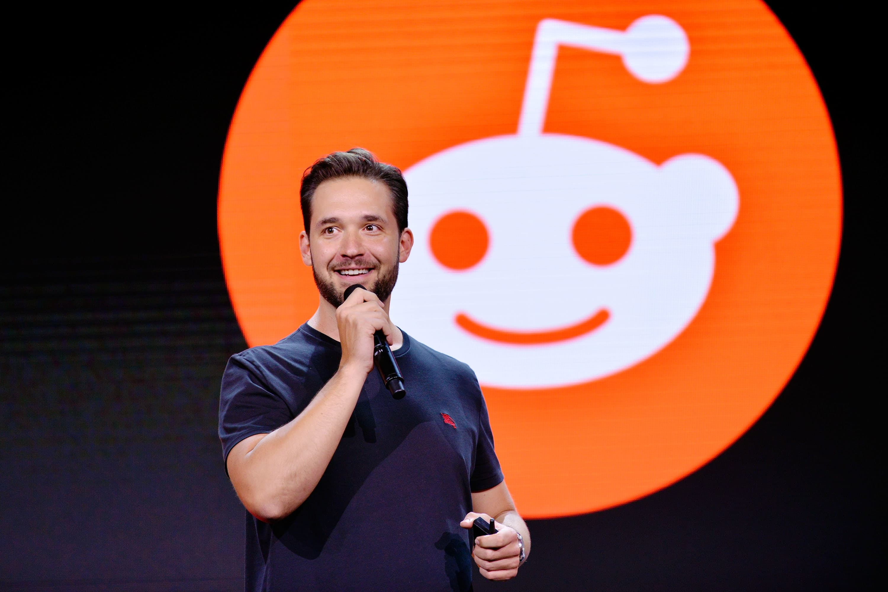 Reddit — one of the world's most popular websites — is trying to cash in through advertising