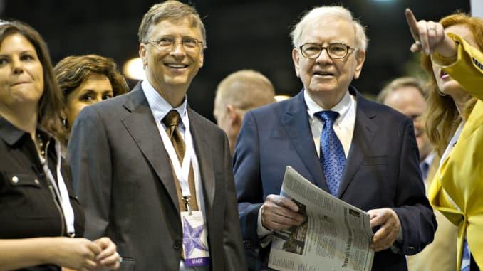 GP: Buffett Gates newspaper toss