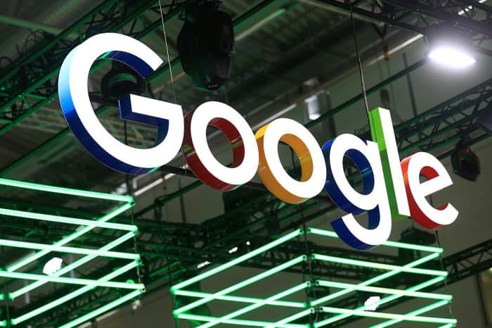 Subs: Google logo