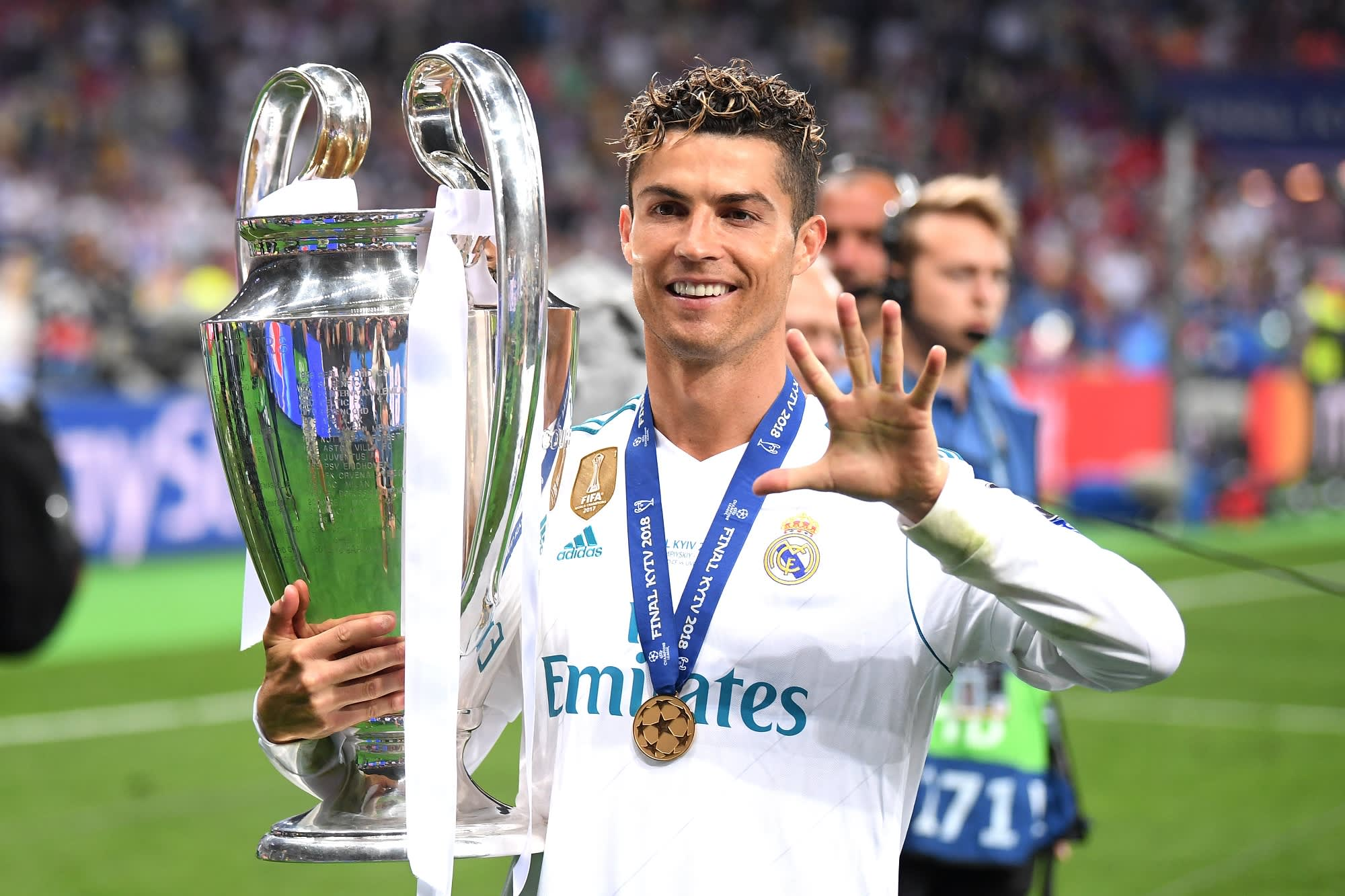 Cristiano Ronaldo of Real Madrid lifts The UEFA Champions League trophy following his sides victory in during the UEFA Champions League Final between Real Madrid and Liverpool at NSC Olimpiyskiy Stadium on May 26, 2018 in Kiev, Ukraine.