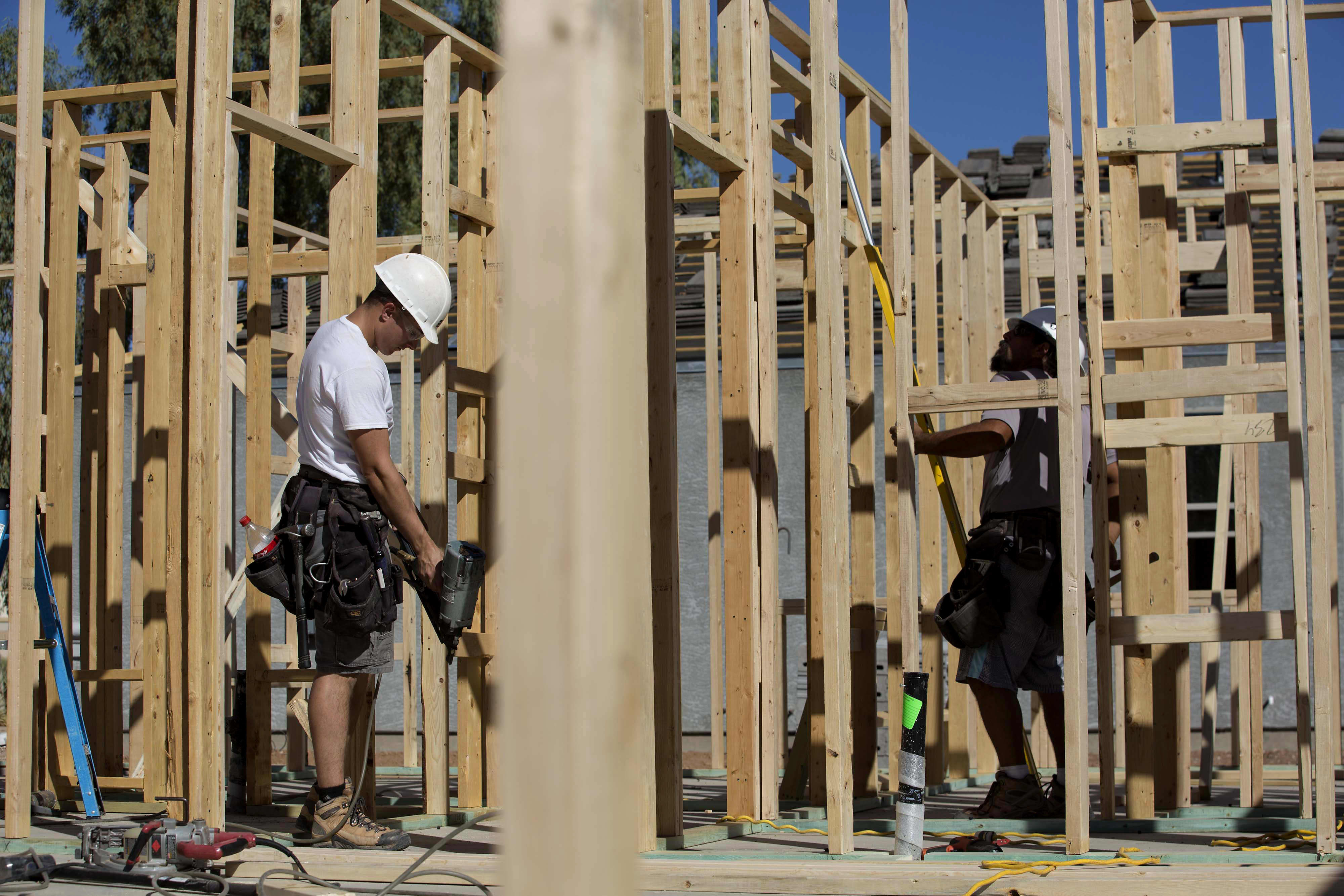 US housing starts drop for third straight month