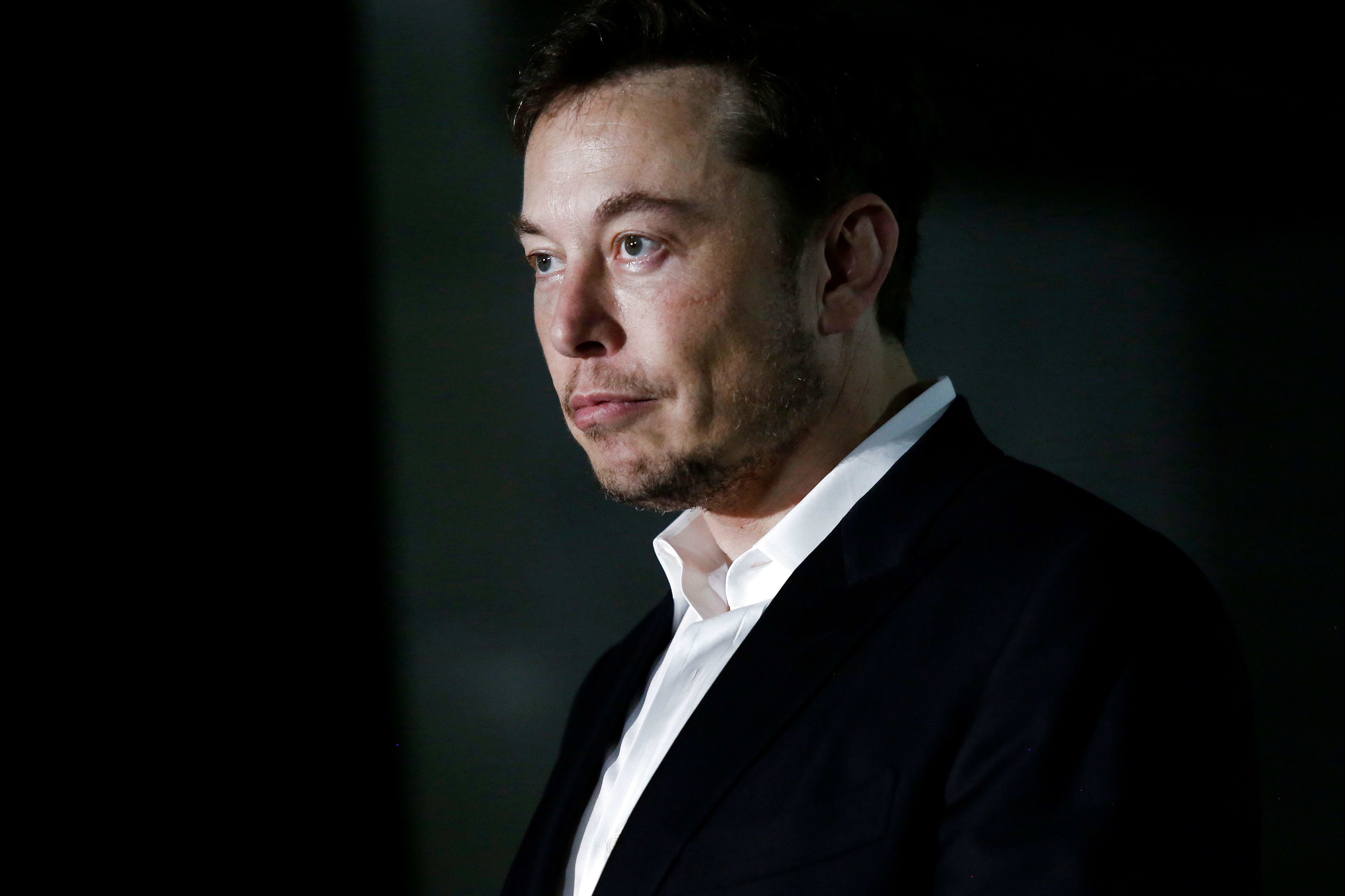 Elon Musk Works 80 Hour Weeks Here S How That Impacts Your Health