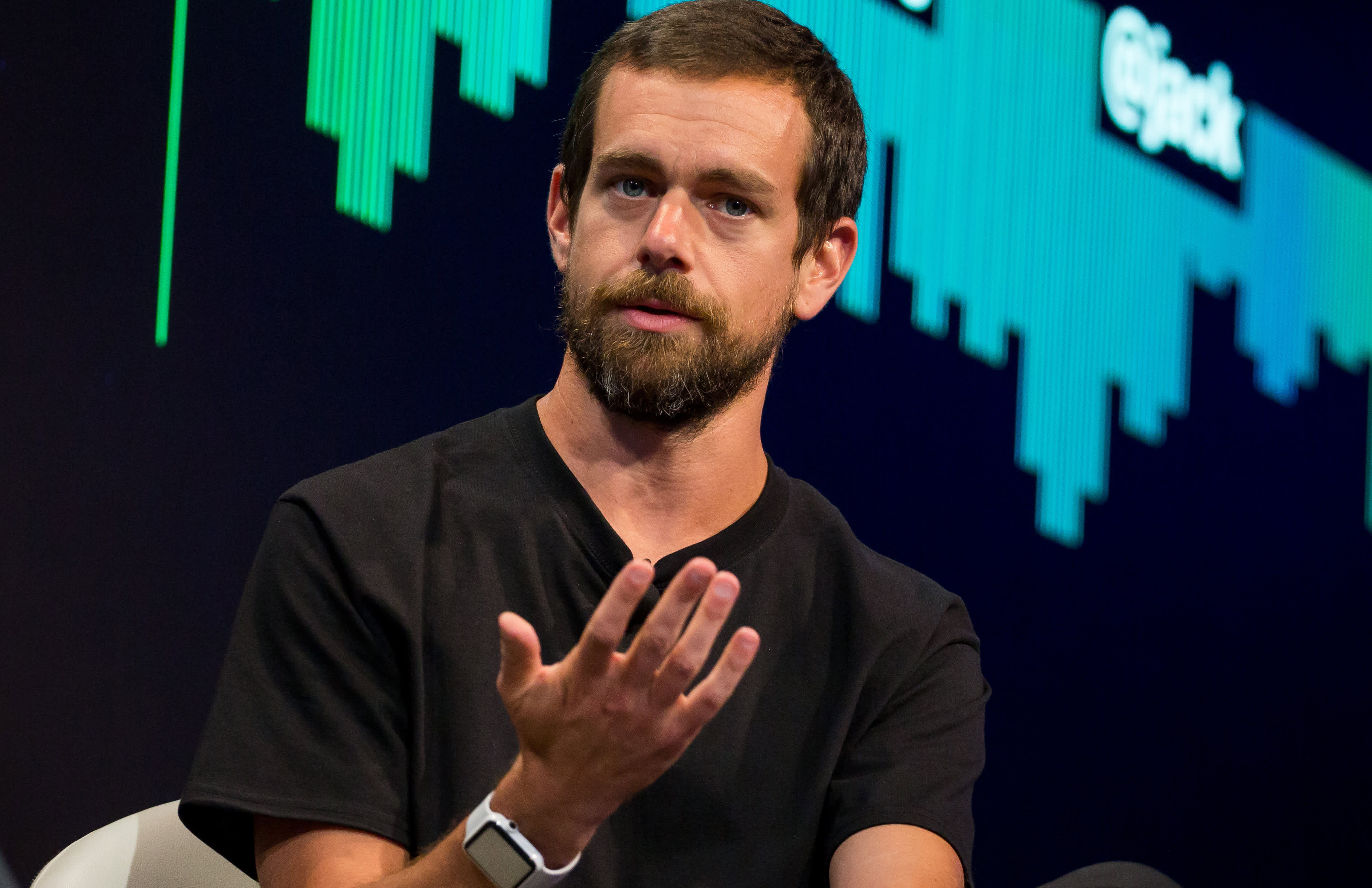 Square falls 7% after forecasting lower-than-expected guidance