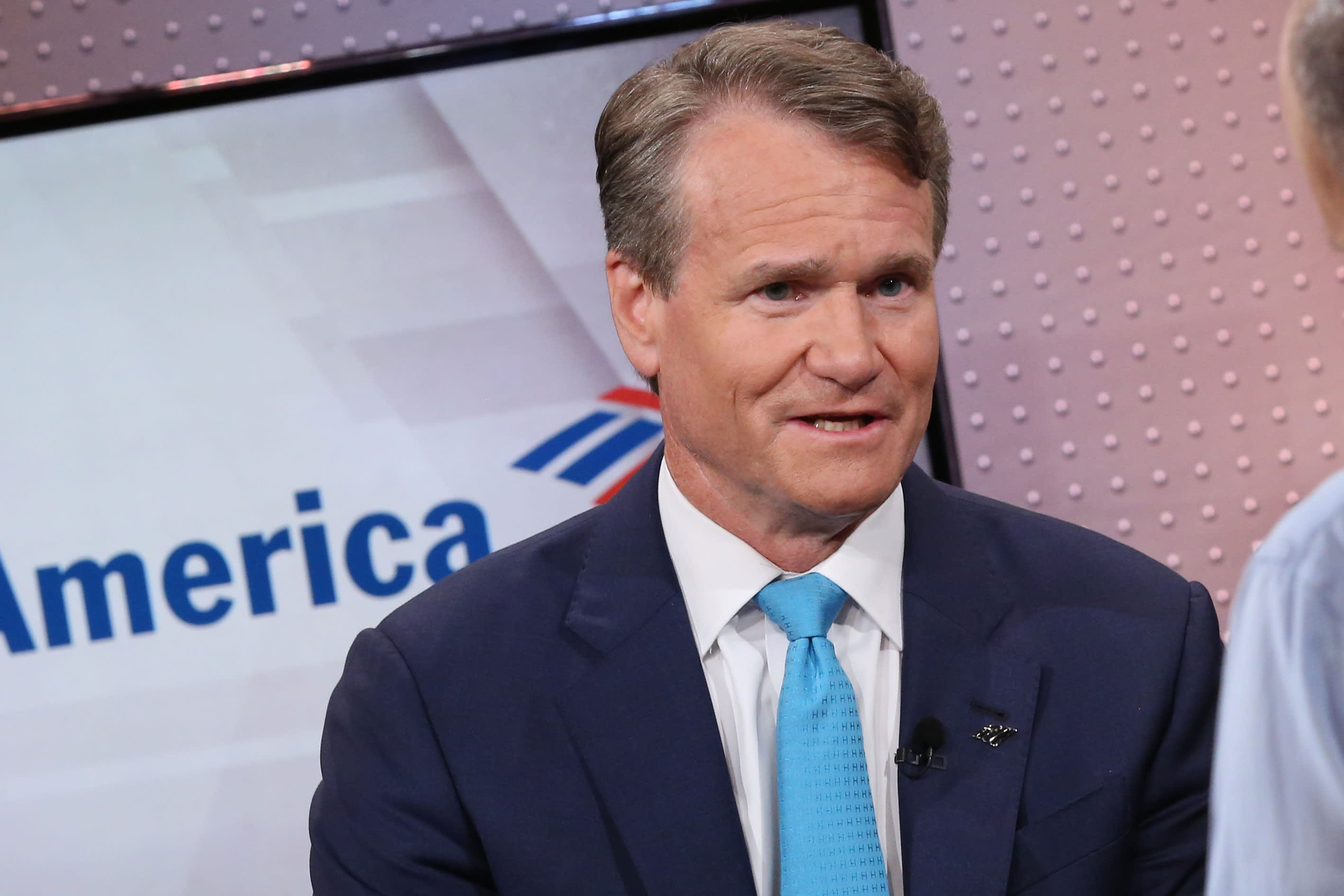 Bank of America is raising its minimum wage for employees to $20