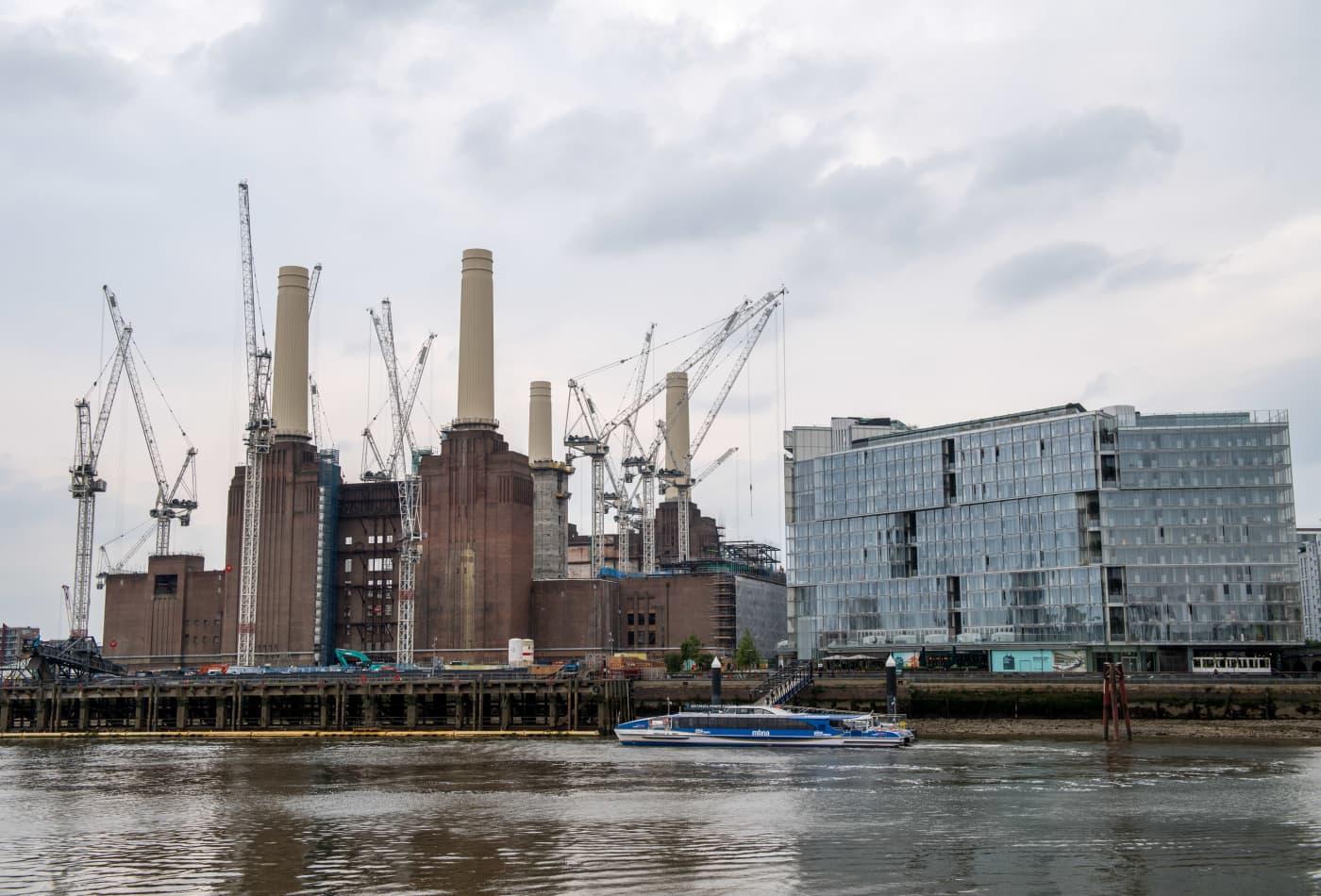 M&G suspends UK's biggest commercial property fund, blames Brexit
