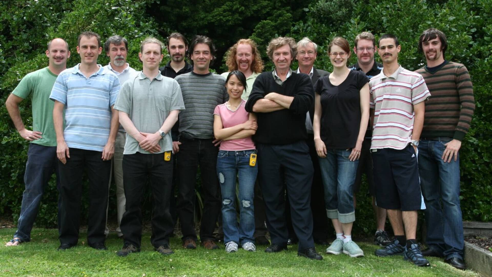 The entire LanzaTech team in late 2007. Co-founder and chief scientific officer Dr. Sean Simpson is in the back row with curly red hair. Co-founder Dr. Richard Forster (who has since passed of cancer) is in the back row to the left of Simpson. Freya Burton, the chief sustainability officer, is in the front row second from the right.