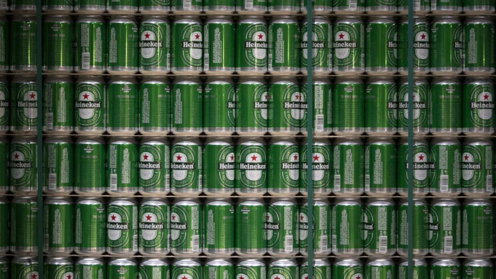 Heineken Agrees To 3 1 Billion Deal With China Resources Beer