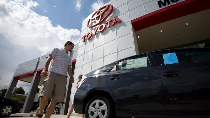 Toyota plans to recall 1 million hybrid models over wiring issue