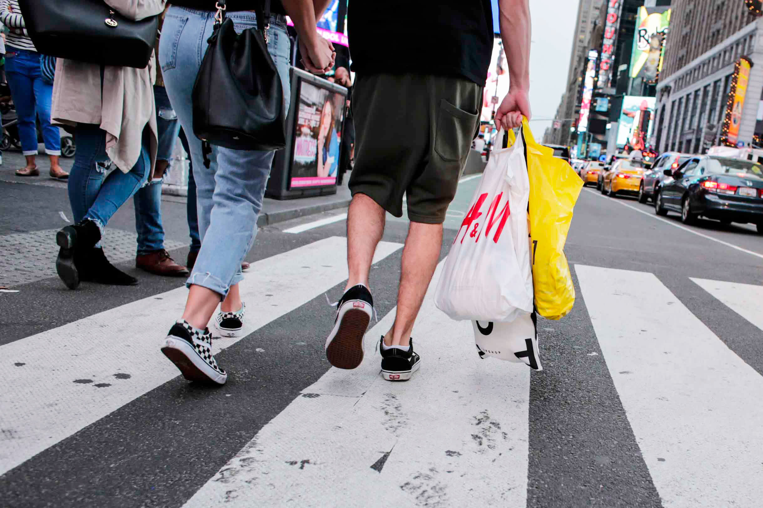 US consumer sentiment surges to highest level in 15 years