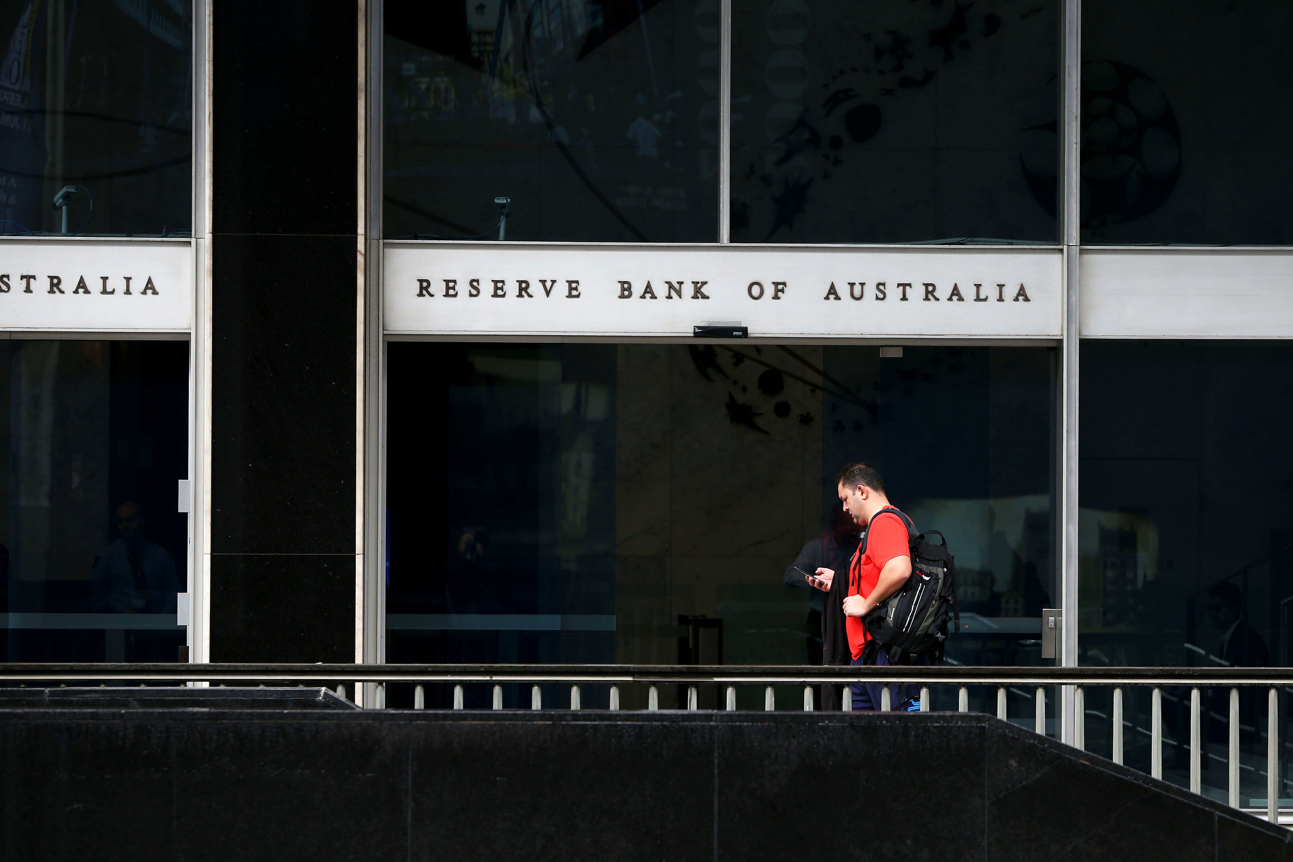 Reserve Bank of Australia holds cash rate at 1%