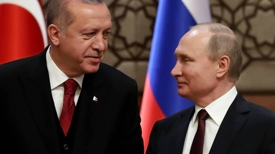 Turkey's President Recep Tayyip Erdogan (L) and Russia's President Vladimir Putin last April.