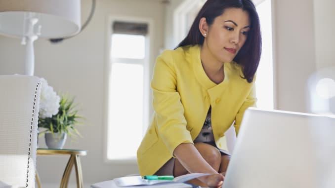 GP: Female financial advisor, accountant