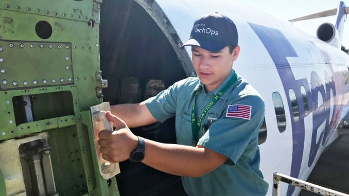 College or $70,000 a year? Aviation industry scrambles for