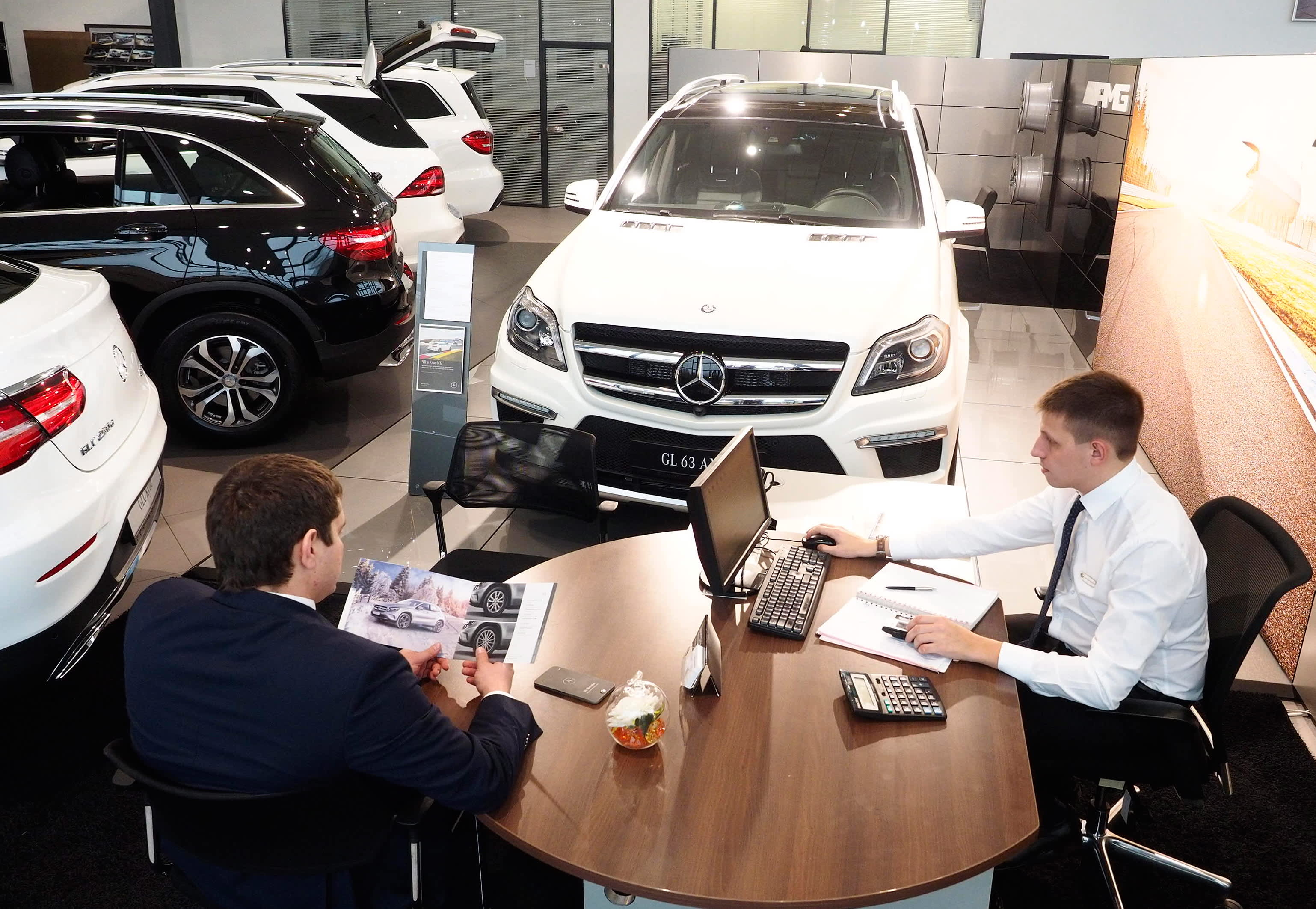 Former car salesman: Never say this 1 thing when negotiating a deal