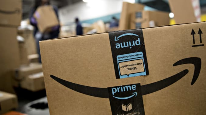 Amazon, Walmart in online grocery pilot involving food stamps