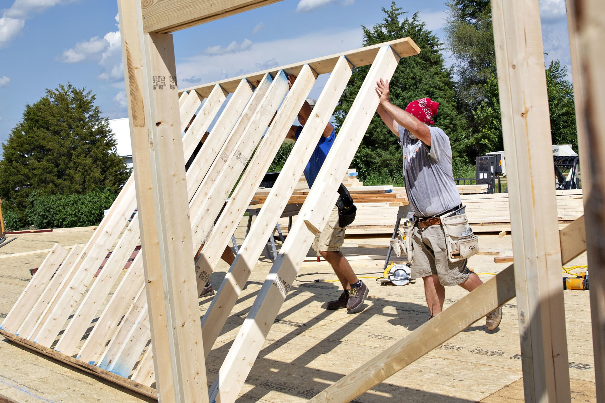 US new home sales increase more than expected in August