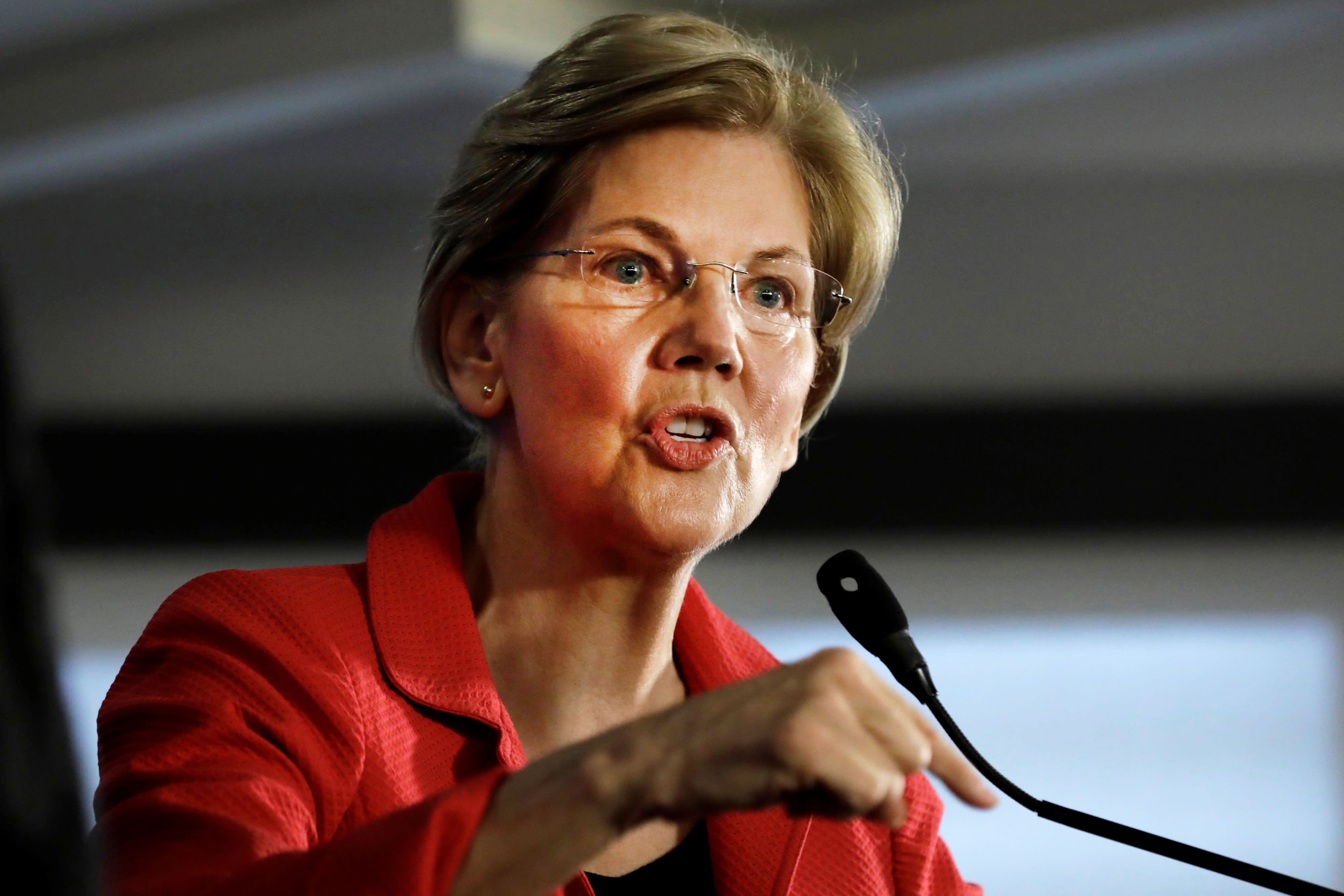 Elizabeth Warren wants to turn the internet into a literal sewer (service): Commentary