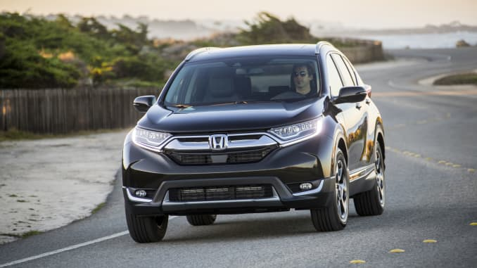 Recalls Honda Com >> Honda Recalls 137 000 Suvs For Sudden Airbag Deployments