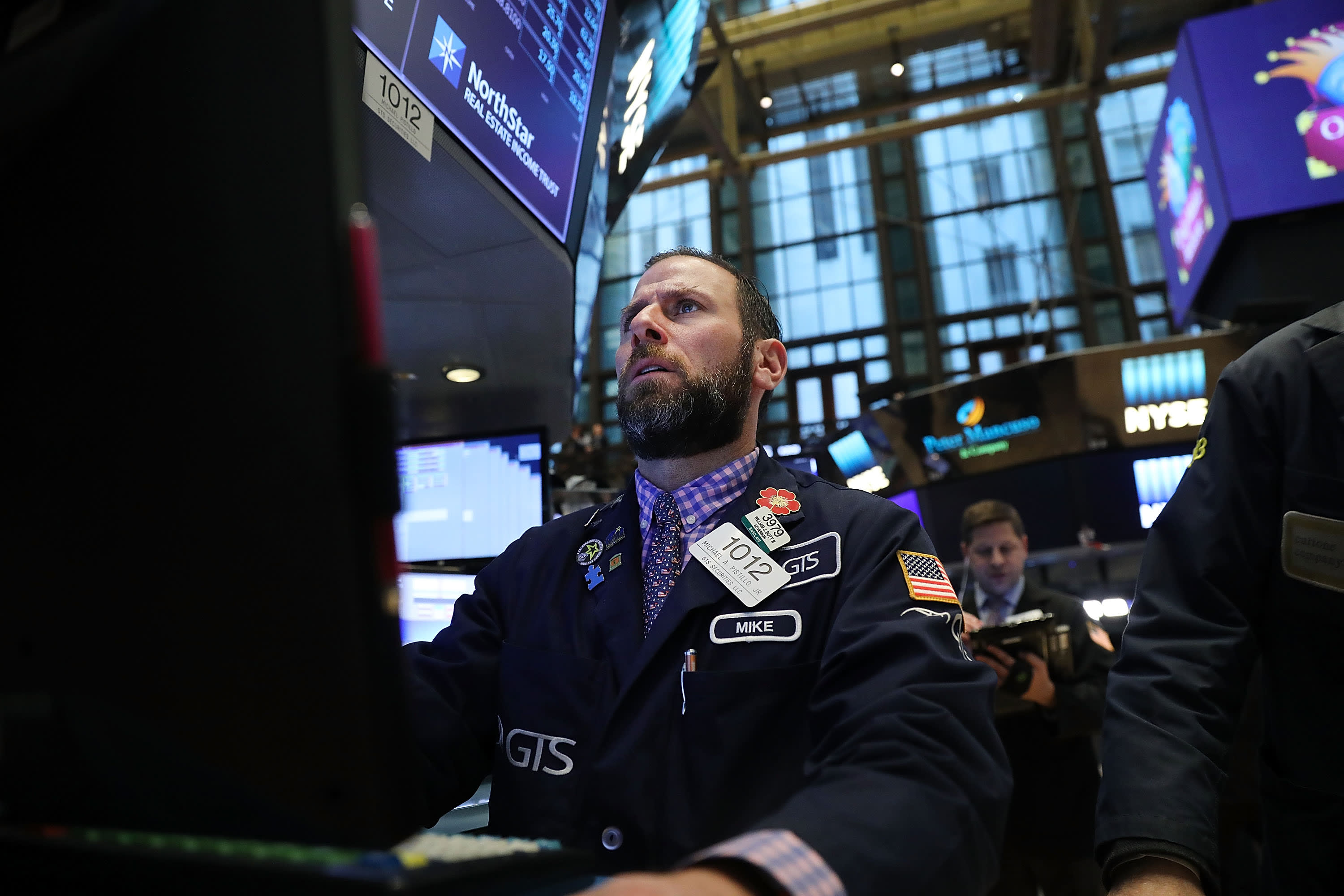 GS: Stock market trader after Dow plunge