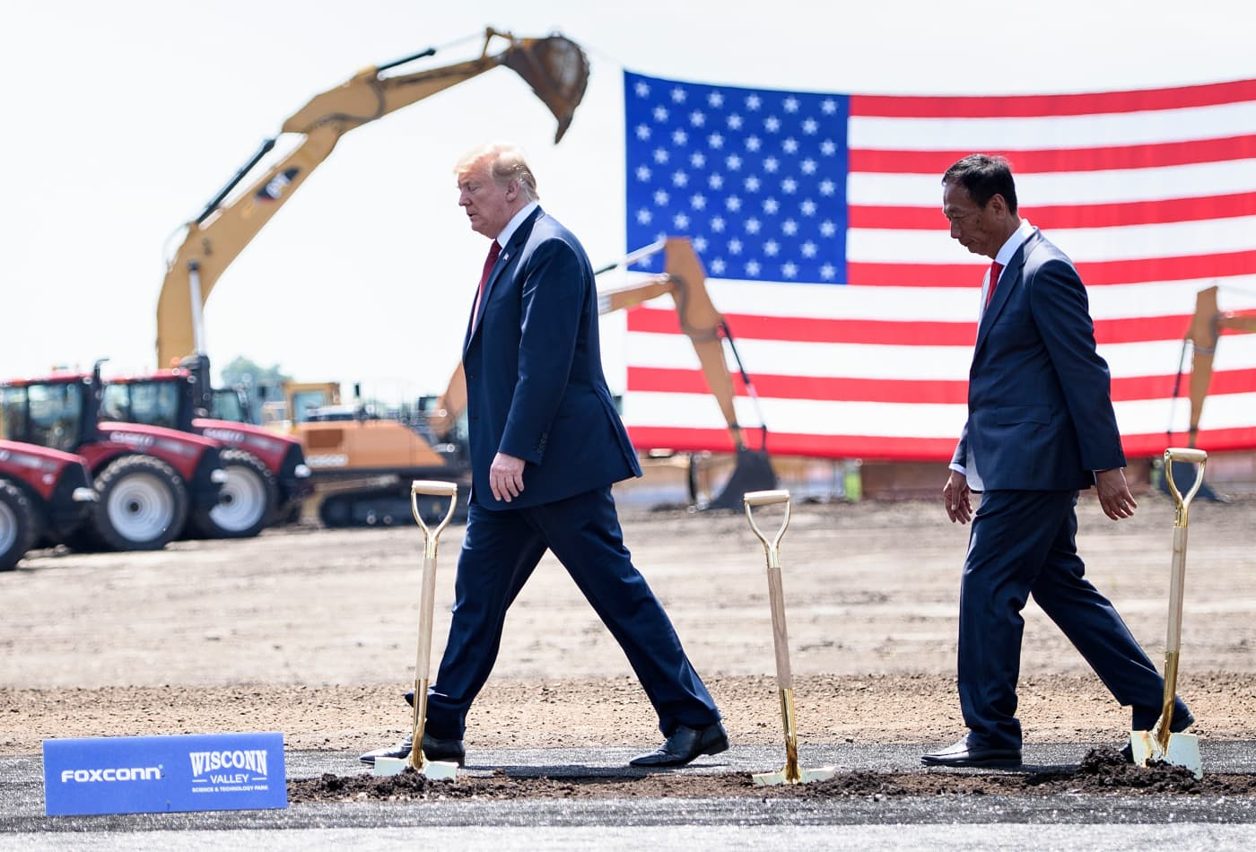 White House says Foxconn will invest further in Wisconsin, where its $10 billion plans are already in question