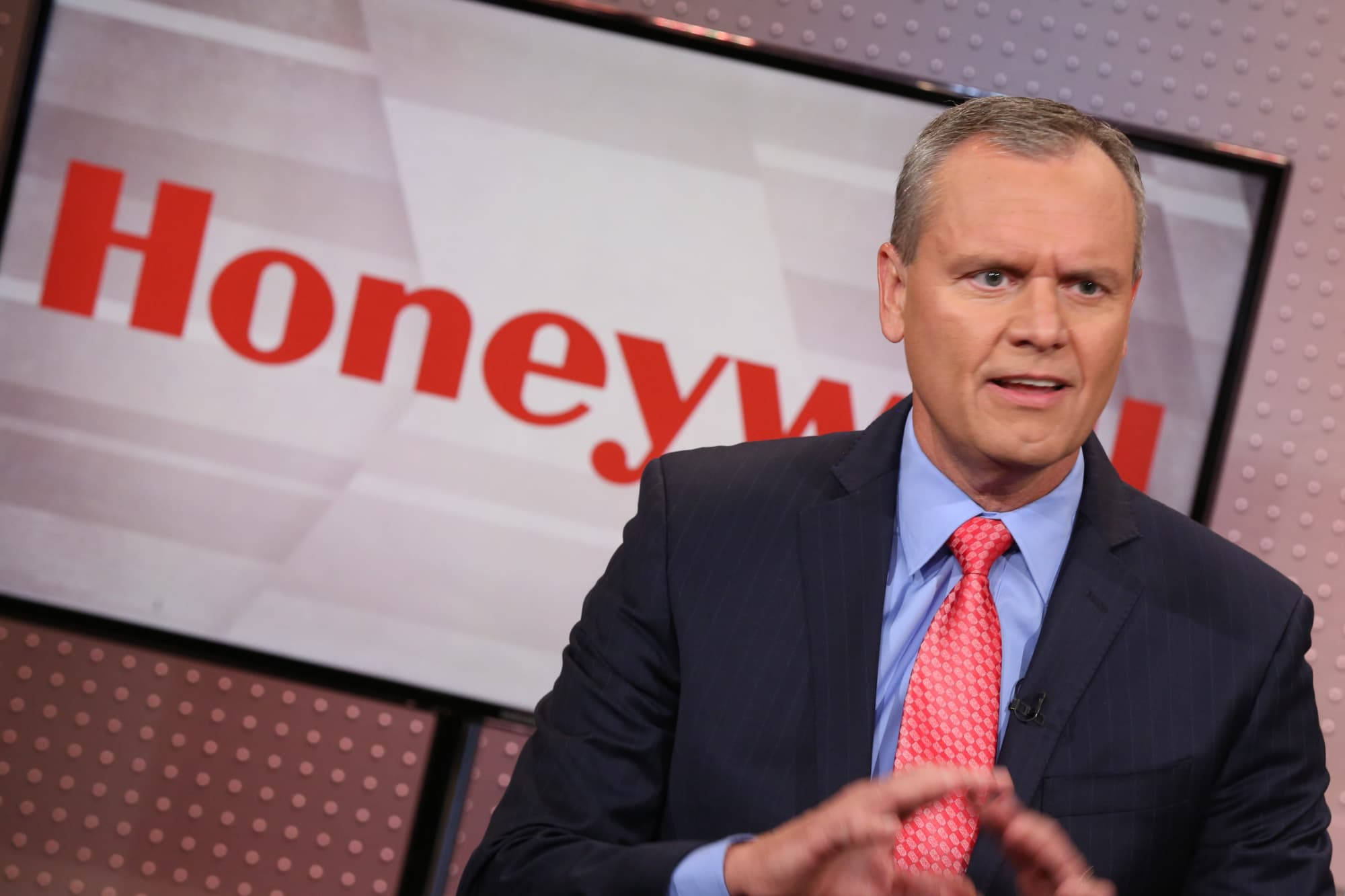 Jim Cramer: Why 100 year-old Dow stock Honeywell is a big bet on the future