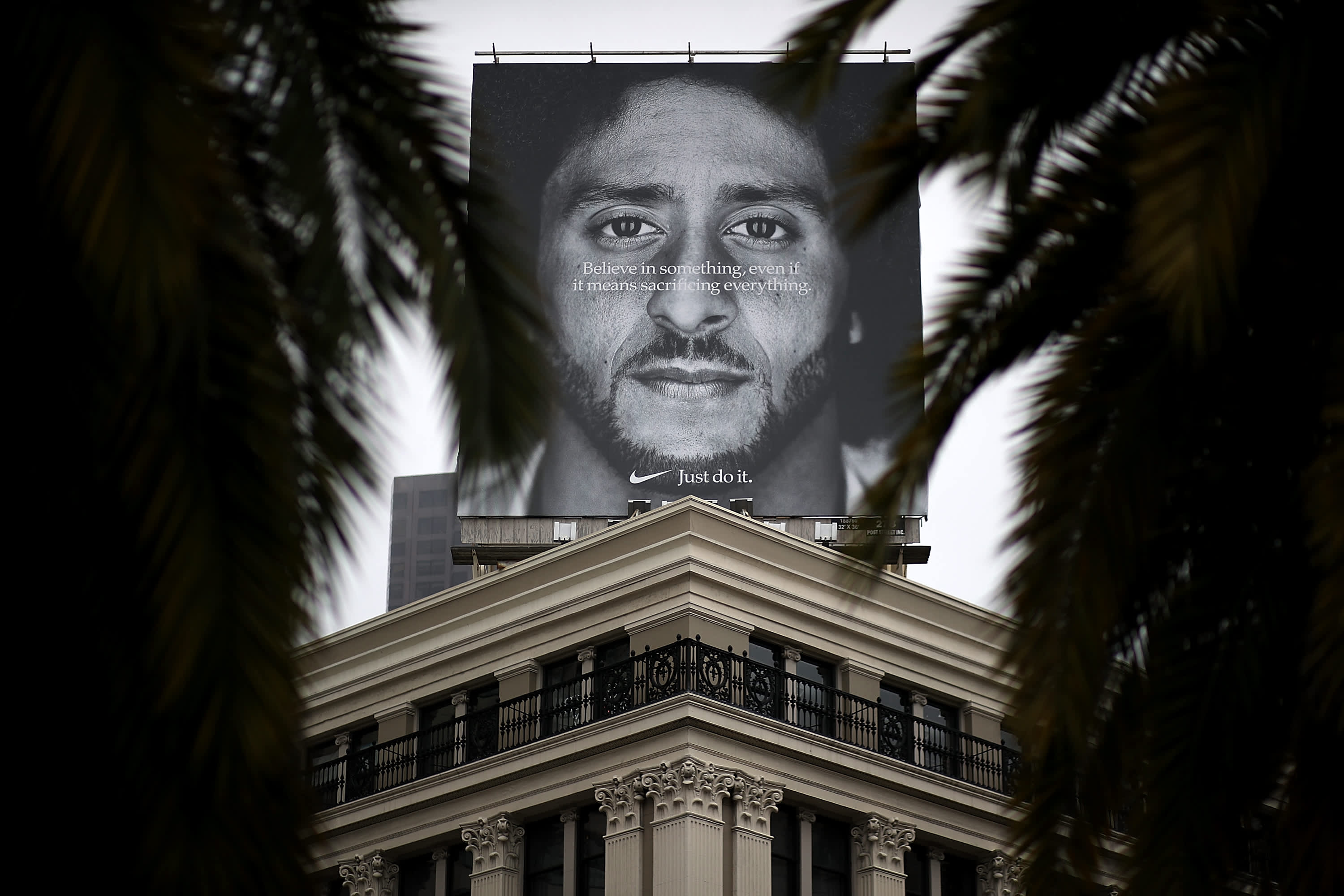 Nike S Colin Kaepernick Ad Created 163 5 Million In Media Exposure