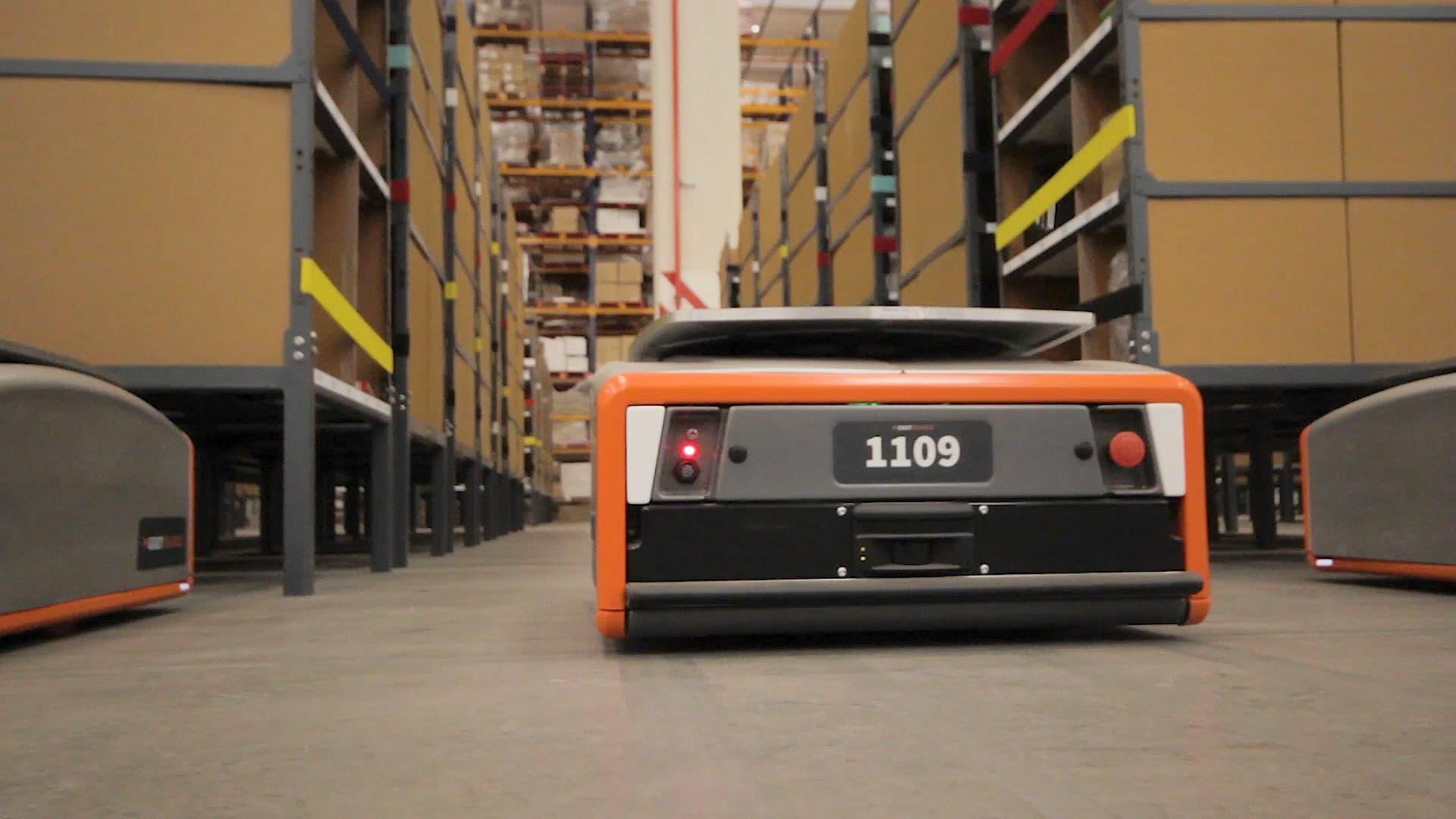GreyOrange raises $140 million for retail warehouse robots