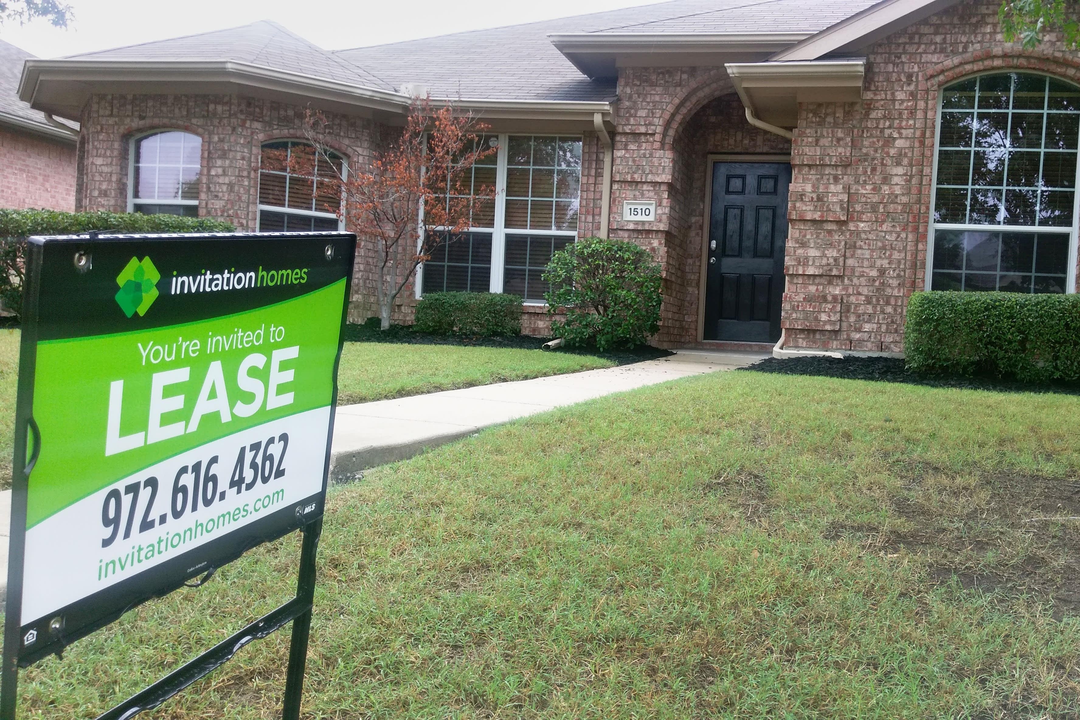 An Invitation Home in Dallas, Texas.