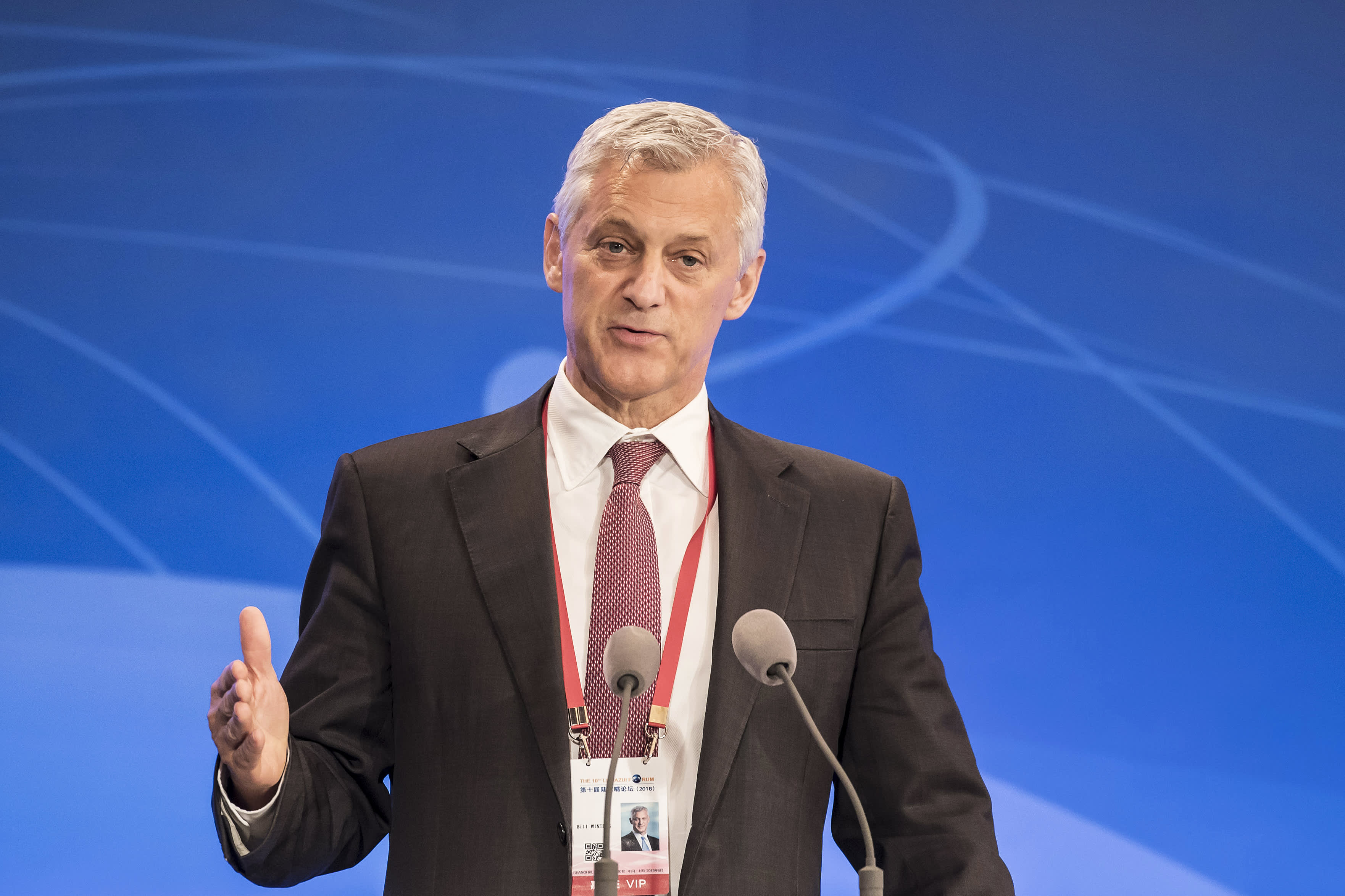 A 'growth rotation' from the US to the rest of the world is underway, Standard Chartered CEO says