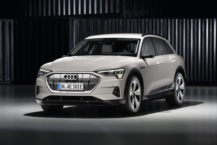 H/O: Audi E-Tron Front exterior