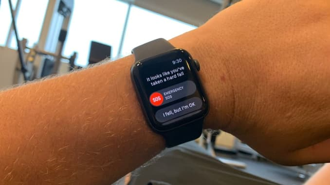 How to turn on Apple Watch fall detection