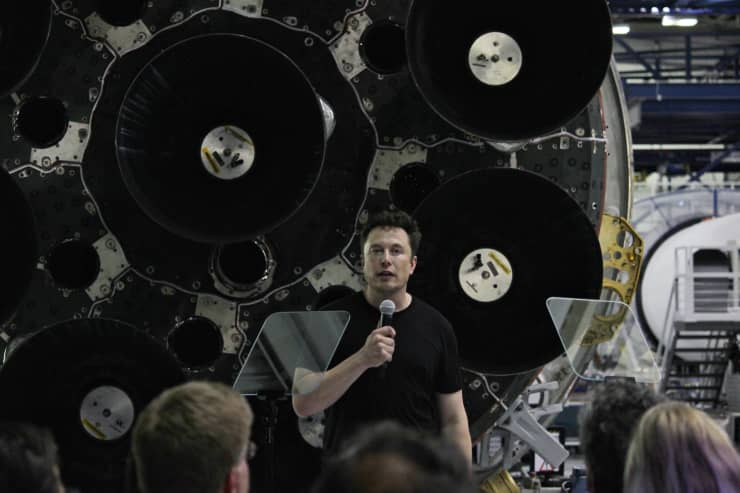 CNBC: Elon Musk SpaceX BFR lunar announcement 180918