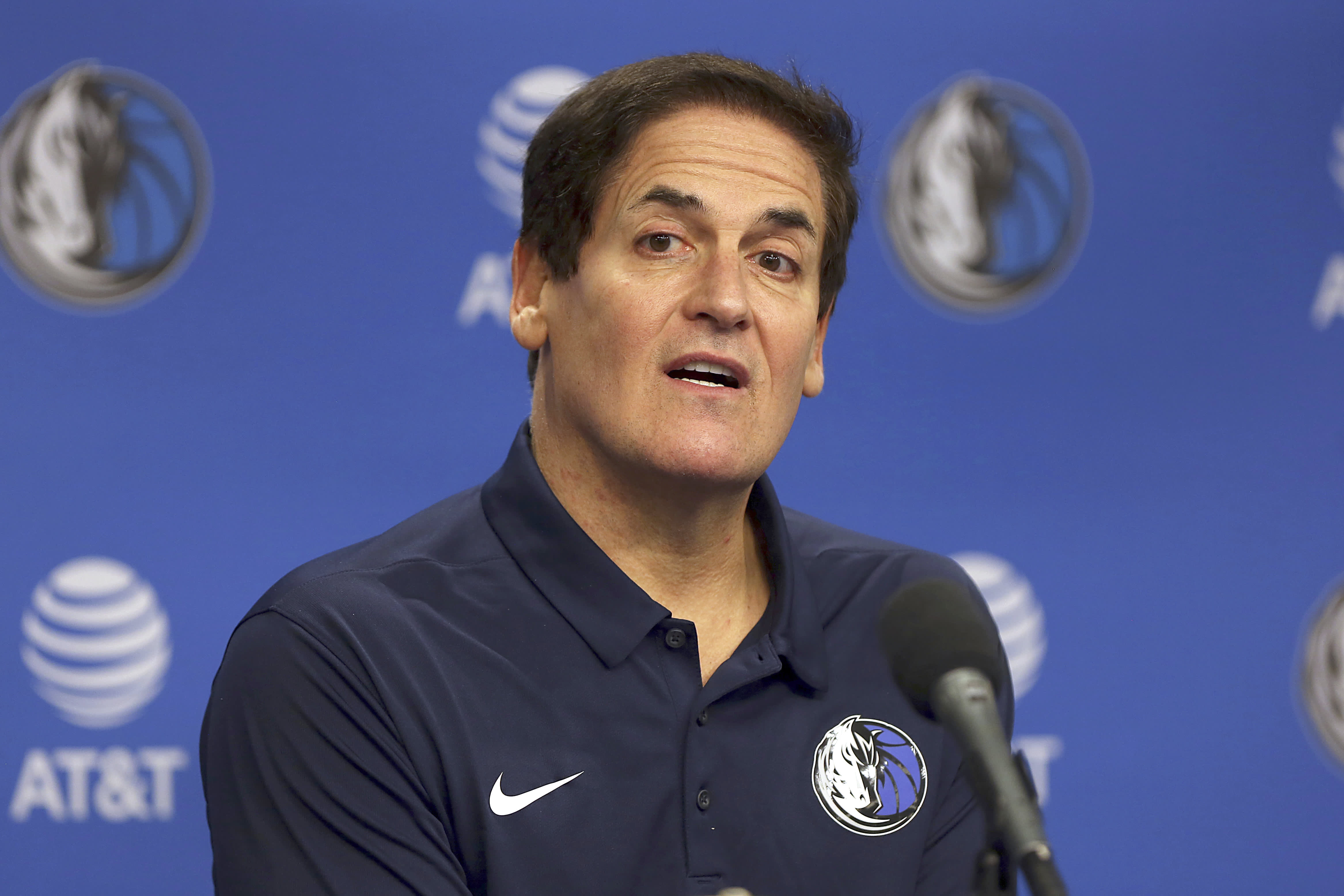 Mark Cuban: 'I don't need to unplug' from my cell phone or answering emails