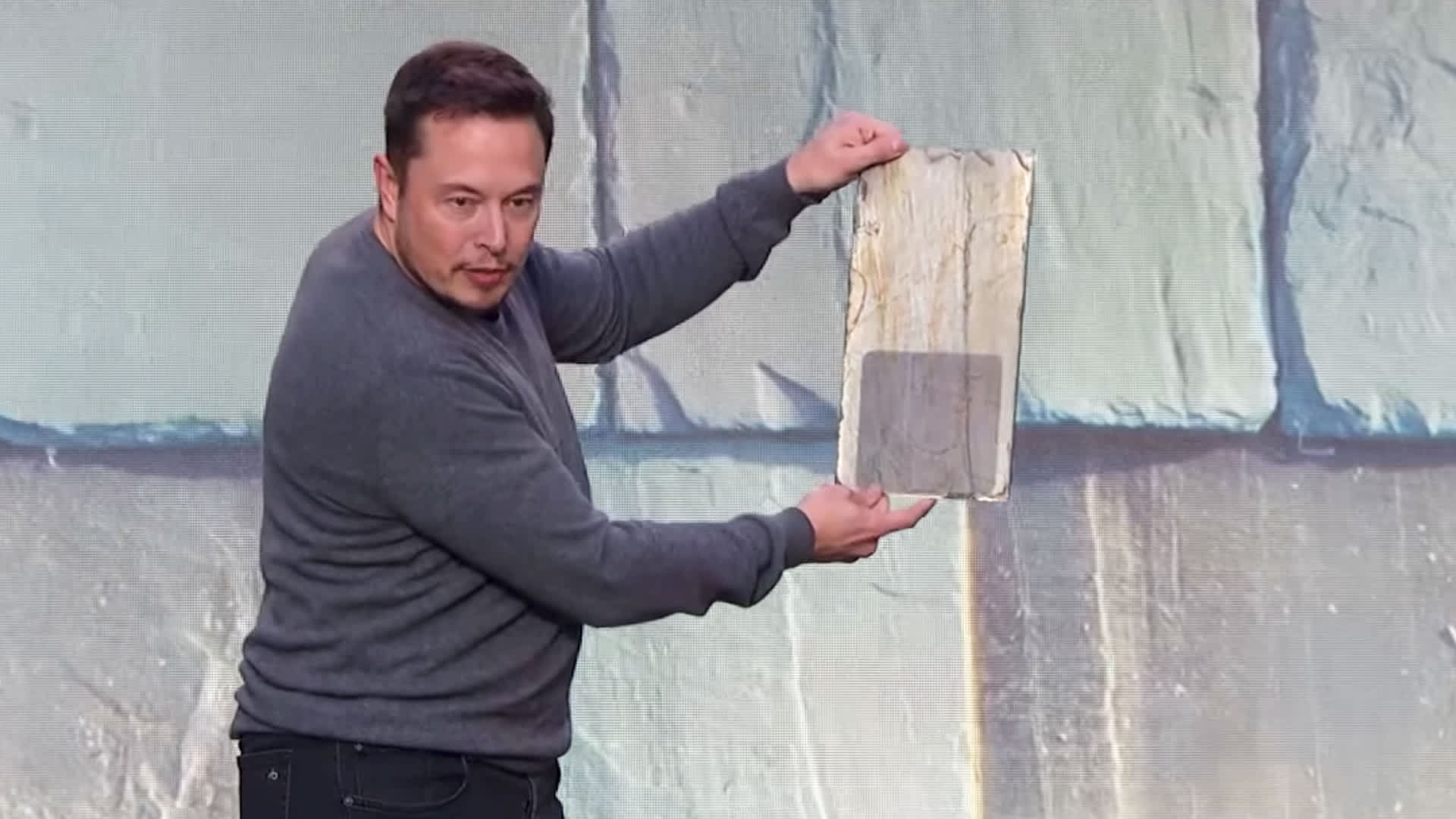 Tesla Solar Roof Shingles >> Tesla Solar Roof Tiles Where Are They