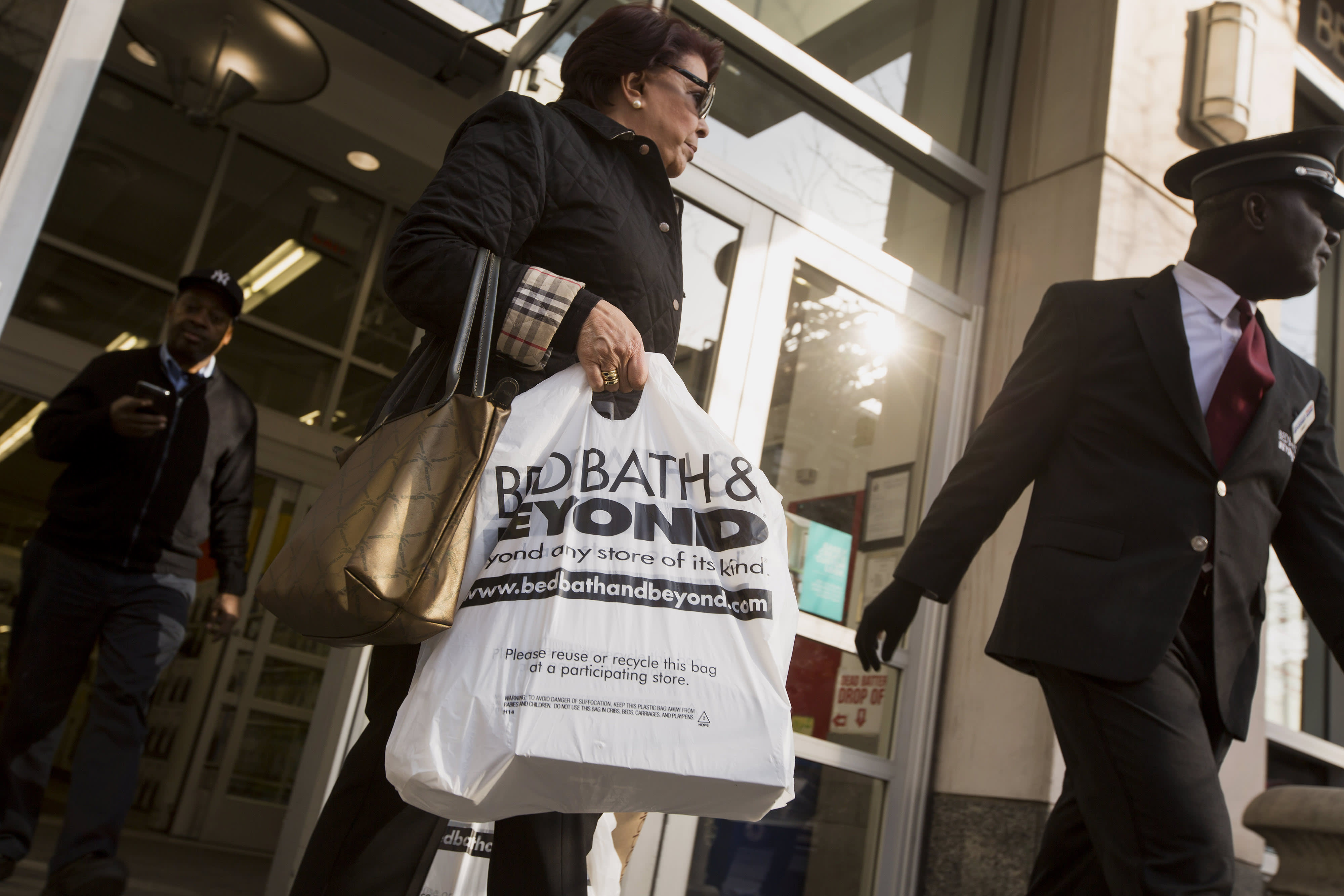 a587ea61bfd Why every company has a stake in Bed Bath   Beyond s boardroom war