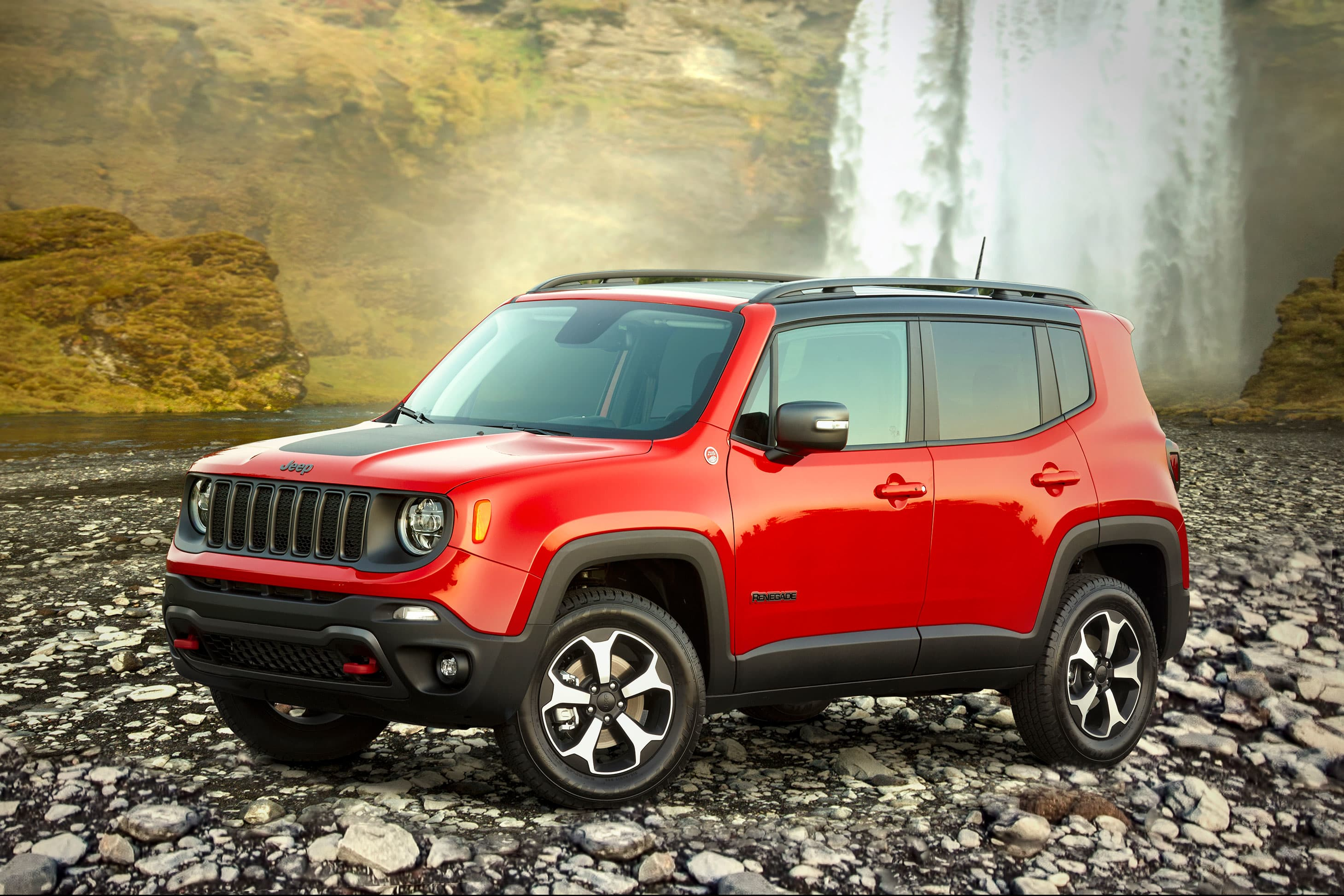 Fiat Chrysler prepares to produce plug-in hybrid Jeep Renegade