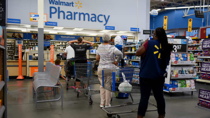 Walmart makes cutting health-care costs top priority
