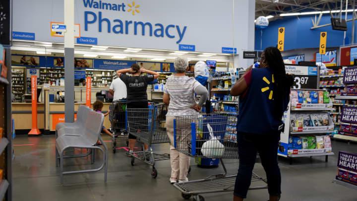 Stupendous Walmart Sends Employees To Top Hospitals Out Of State For Interior Design Ideas Oteneahmetsinanyavuzinfo