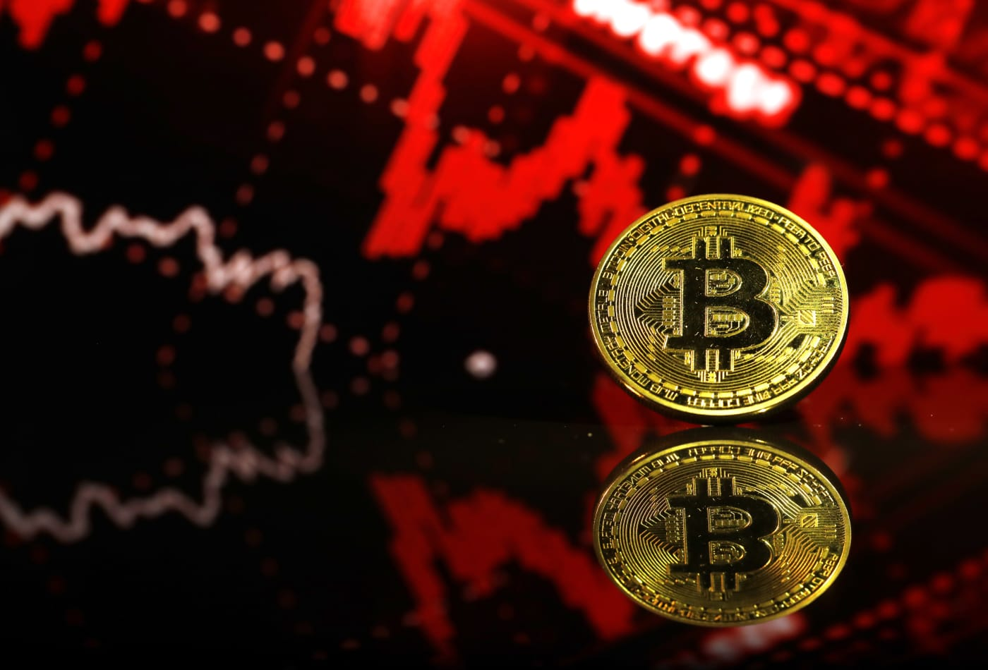 $150 billion wiped off cryptocurrency market in 24 hours as bitcoin pulls back