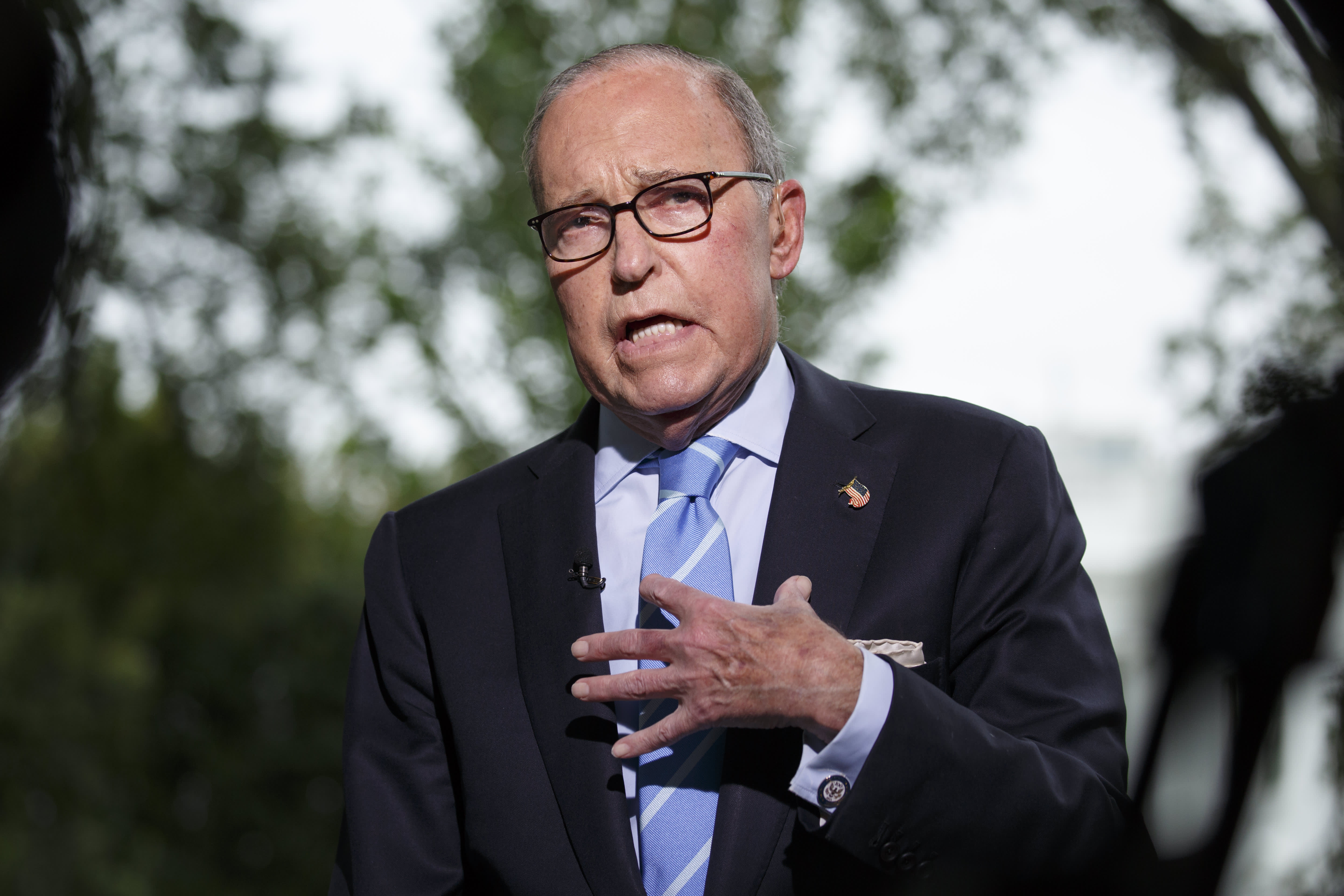 Kudlow defends Trump's Ukraine call: 'Look, it was a congratulatory call, corruption came up'