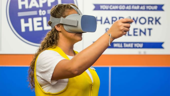 Why F500 companies use virtual reality to train workers of