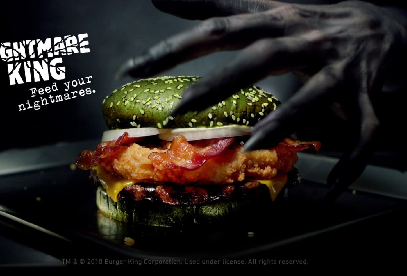 Halloween Hamburgers.Burger King Creates Nightmare Burger With Green Bun