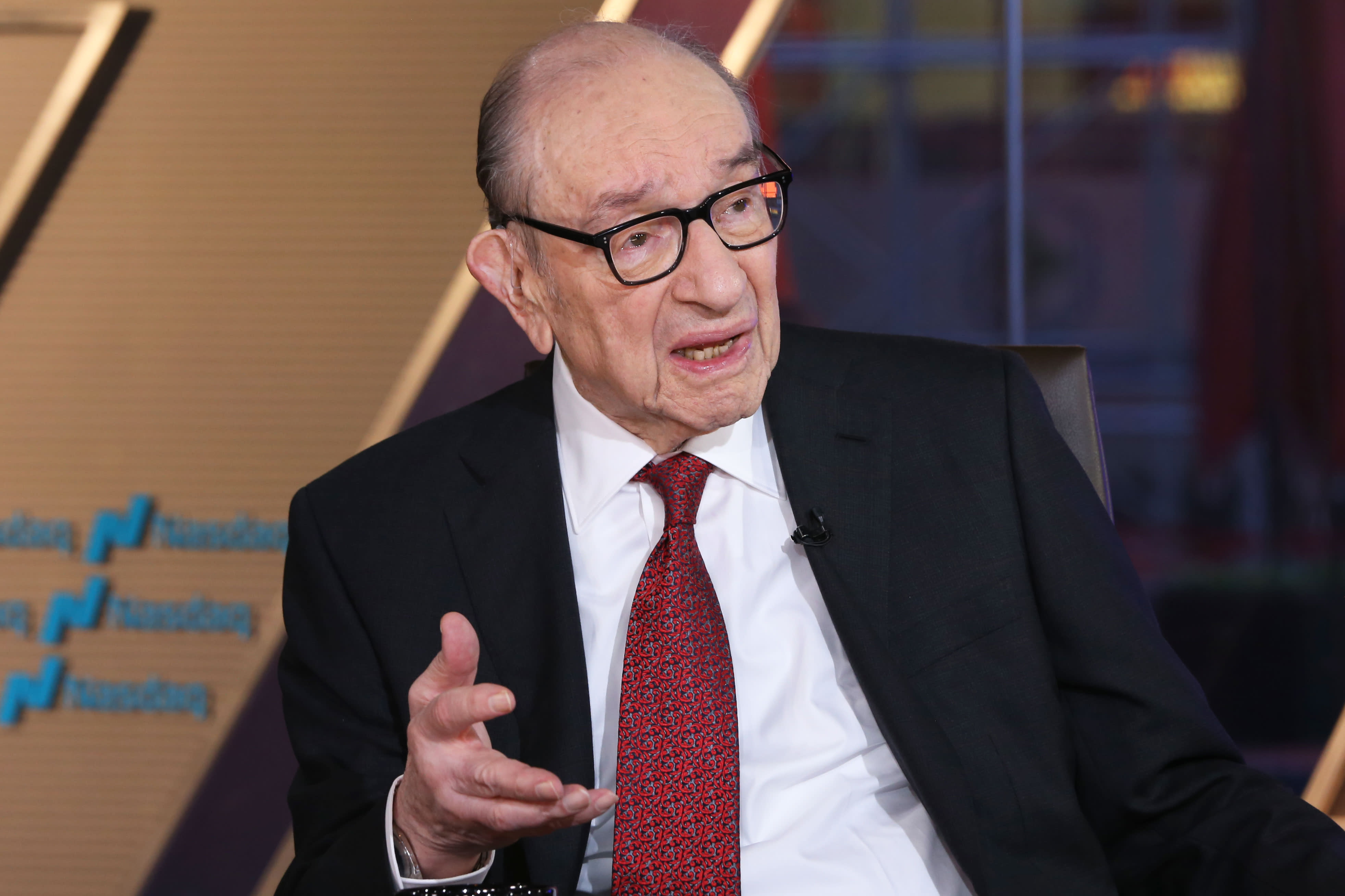 Greenspan says 'there is no barrier' to negative yields in the US