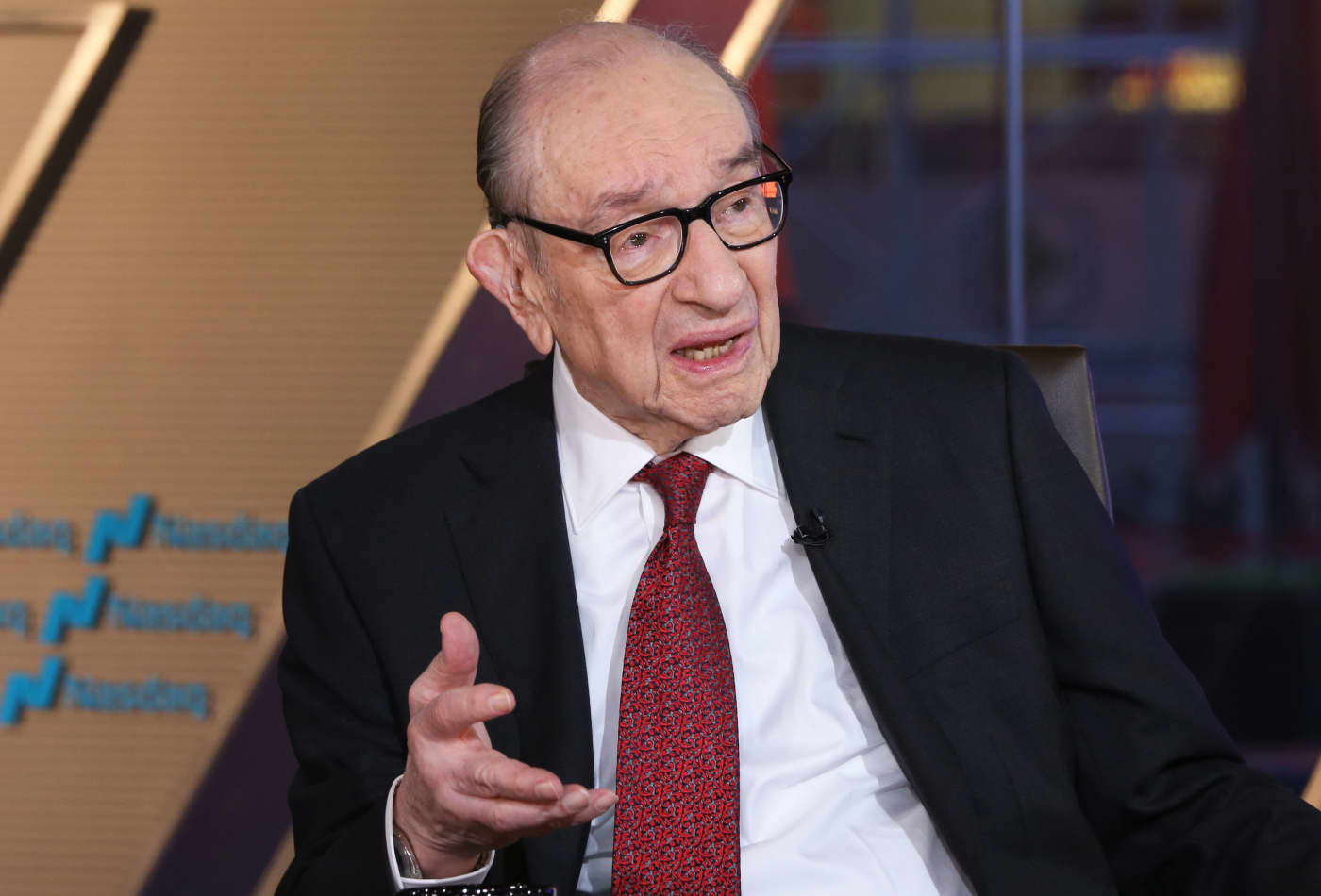 Alan Greenspan has a new warning for investors: 'Run for cover'