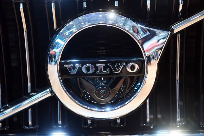 GP: Volvo Logo Geneva motorshow