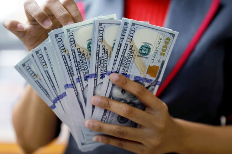 RT: U.S. dollars 181023