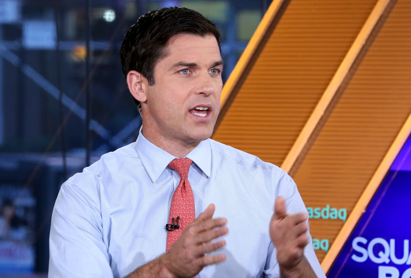 15 days of 102 fever, a cracked tooth from chattering — ex-NYSE chief shares his Covid ordeal